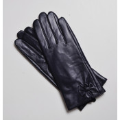 Gloves (0)